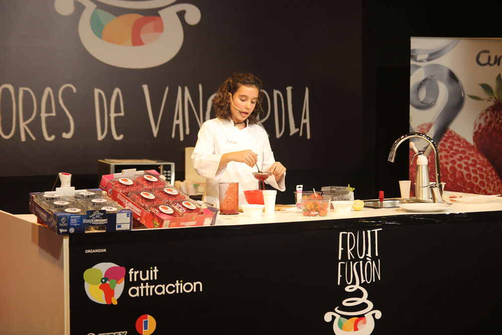 Aina concursante de Master Chef junior en Fruit Attraction con Cuna de Platero