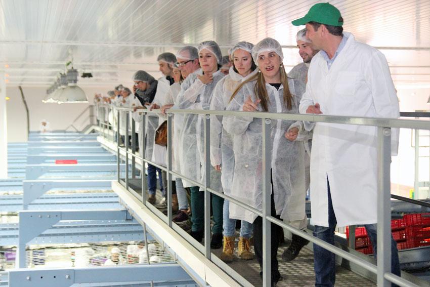 SANCYD recorre la planta de manipulacion de Cuna de Platero