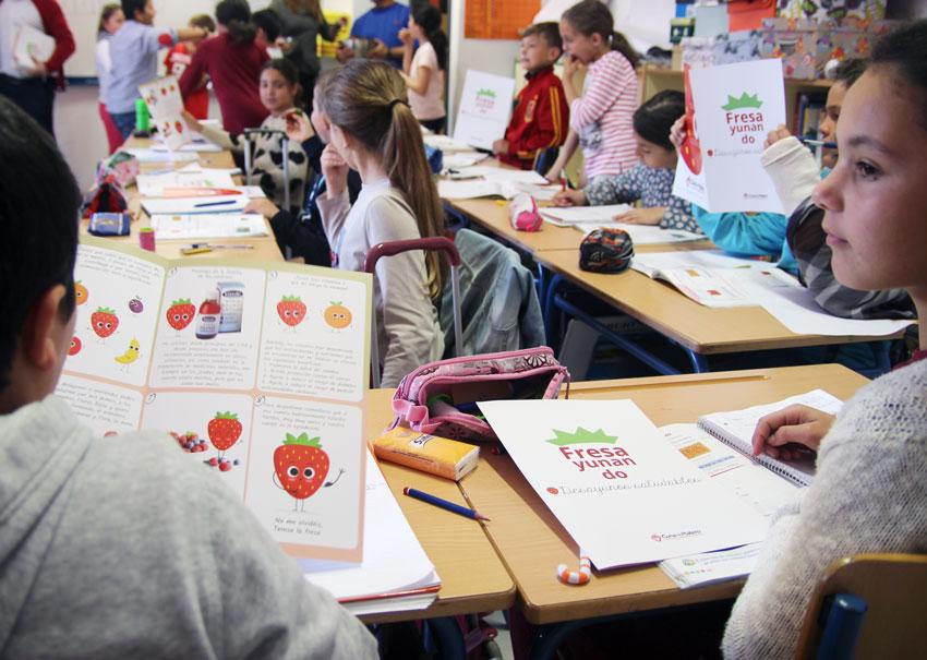 divulgando propiedades saludables berries en Moguer