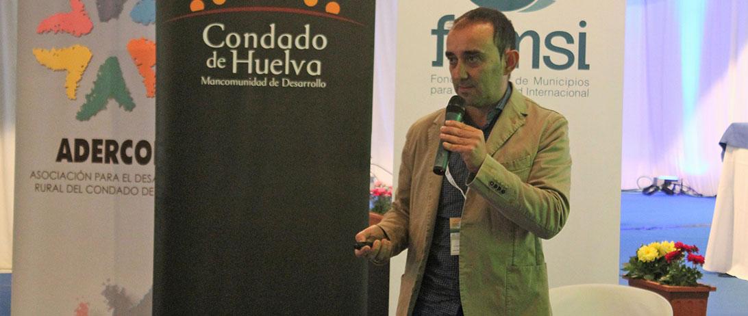 Cuna de Platero muestra el papel del cultivo sostenible de la fresa en el entorno de Doñana