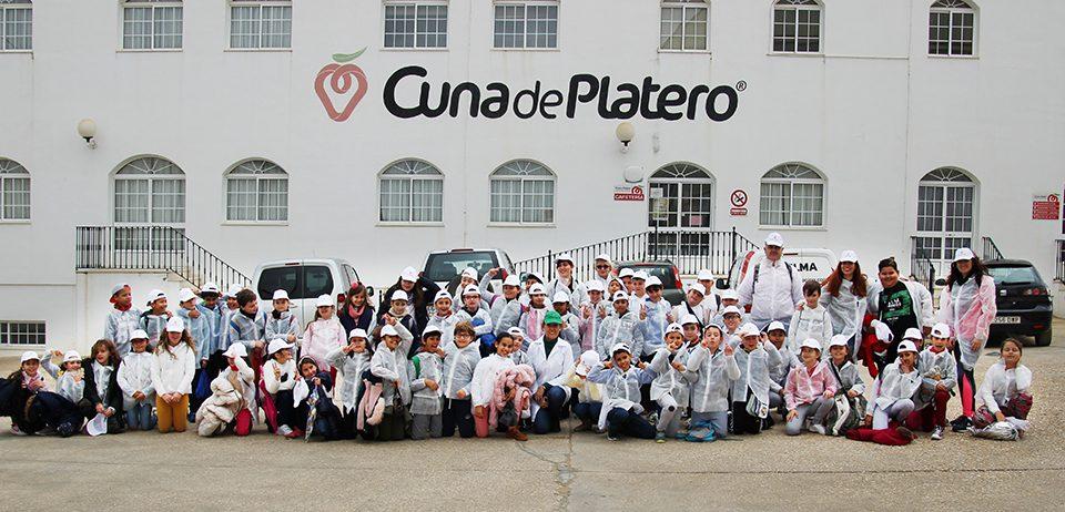 Cuna de Platero recibe la visita de los alumnos del colegio Virgen de Montemayor de Moguer