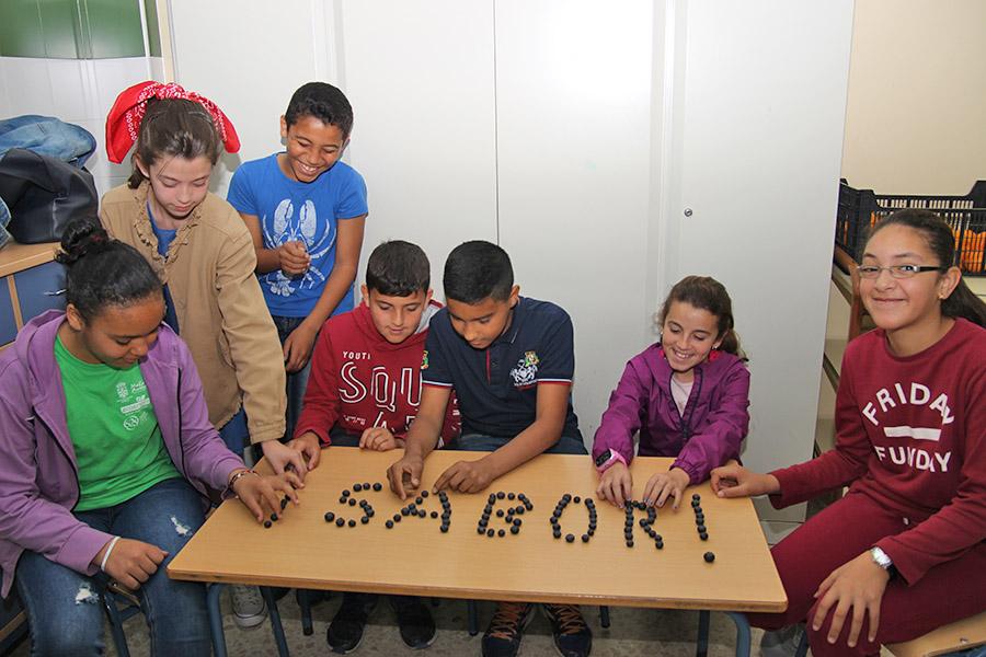 """Cuna de Platero clausura la IV edición de """"Fresayunando"""" con la participación de 2.500 niños"""