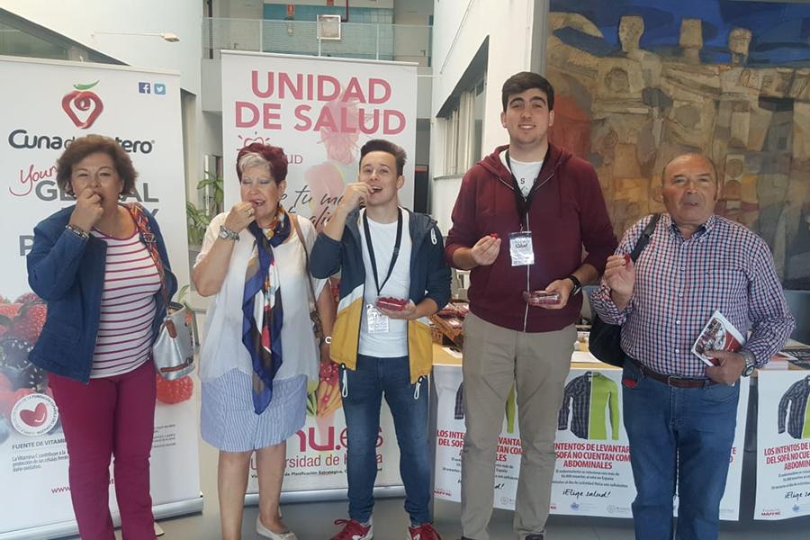 Los frutos rojos de Cuna de Platero, presentes en la Semana de la Salud de la UHU
